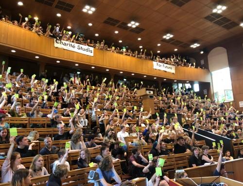 Vollversammlung for Future: Warum studieren, wenn die Welt brennt?