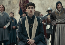 Timothee Chalamet als Henry V in The King