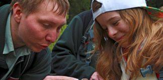 Ranger Patric Heintz_ Bildungsarbeit ist ein zentraler Bestandteil des Ranger-Berufs© Nationalpark Hunsrück-Hochwald, Bild_ Konrad Funk