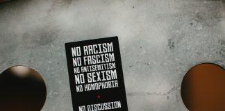 Ein Verhalten, dass Homosexuelle ablehnt, hat nichts mit phobischen Reaktionen zu tun, meint unsere Autorin. Foto: Markus Spiske/unsplash