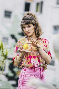 Sophie Filip, Sängerin der Hamburger Band Guacáyo. Foto: Roscha Naleppa