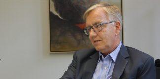 Dietmar Bartsch im Gespräch. Foto: Max Skowronek
